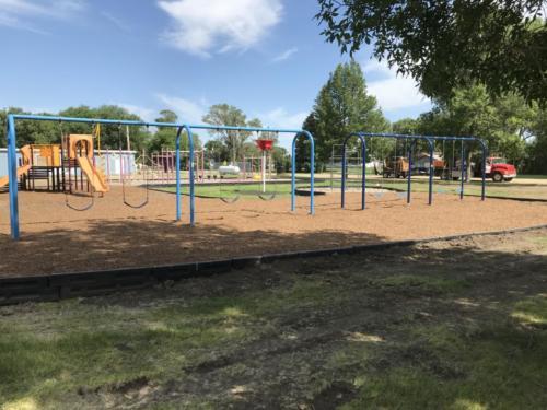 Swing set - Blunt Elementary