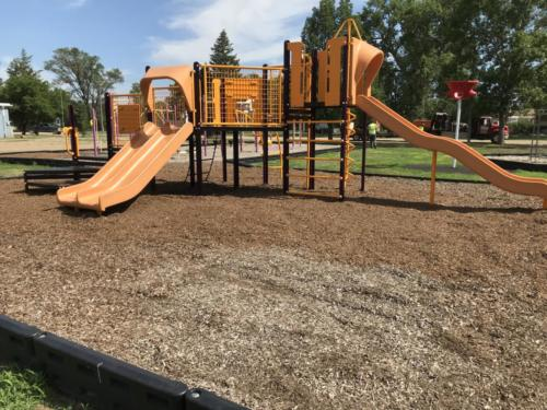 Playground structure with slides - Blunt Elementary